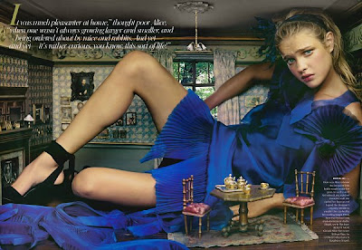Natalia Vodianova - Alice in Wonderland