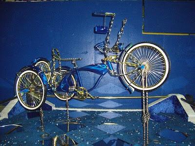 three wheels lowrider