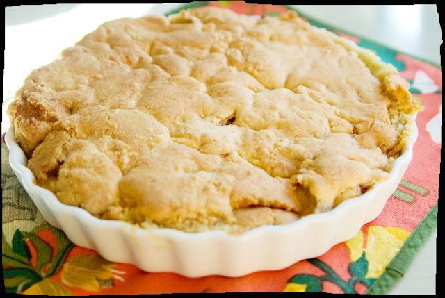 äppelkaka med frasigt täcke
