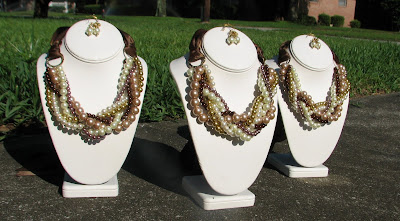 Pearl bridesmaid necklace sets laurastaley.etsy.com
