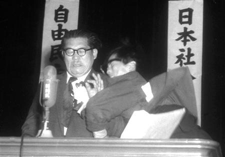 【連合】連合会長、民進解党は「身を捨てる覚悟の決断」 特定の政党支援はせず個別支援へYouTube動画>1本 ->画像>46枚