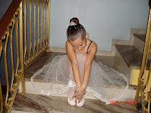 Uma princesinha bailarina.