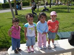 الجيل الثانى (خط الضهر من اليمين  للشمال  مريم الليثي ، رزان مصطفى صلاح ، جنة سليم ، جنى  السيسي