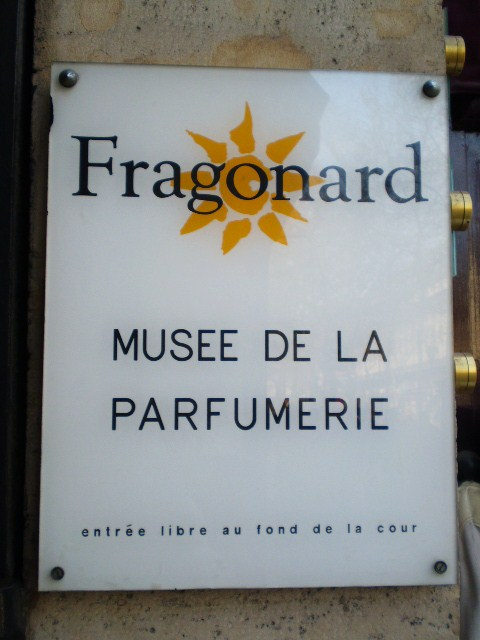 Paris for free le mus e du parfum for Musee de la parfumerie fragonard