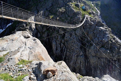 Cool and Beautiful Scary Bridges