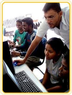http://1.bp.blogspot.com/_h0Qjiu1iUK8/S_pqUy9tKUI/AAAAAAAAAQI/bdzaJkUFRoo/s320/teaching_computers.jpg