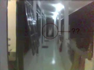 foto hantu kuntilanak
