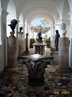 Hercules' gallery