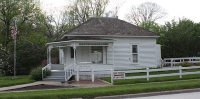 Photo of John Wayne's birthplace, Winterset, Iowa.