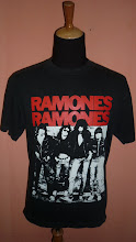 RAMONES (VINTAGE) SOLD