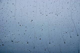 Rain over Atlanic - Dež z Atlantika - Source: http://metrodusa.blogspot.com/