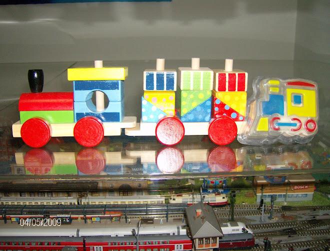 04-05-2009   Um comboio totalmente ecologico gentilmente oferecido pela minha Equipa. !!!!!