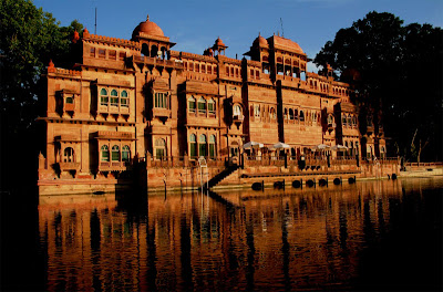 Bikaner, Gajner Palace