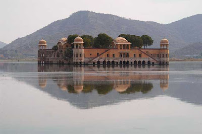 Jaiphur, Jai Mahal Lake Palace