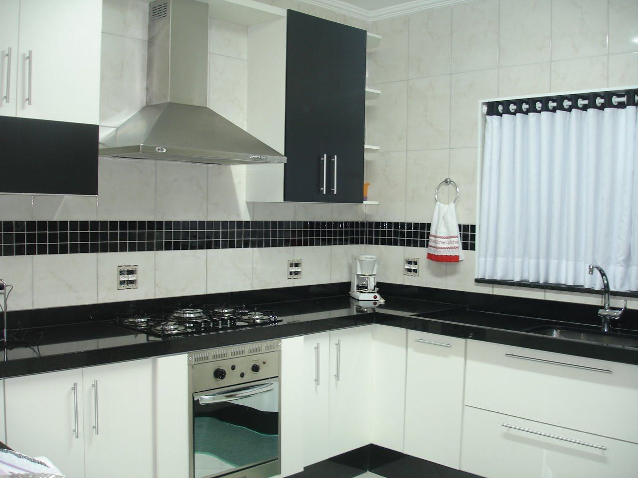 cozinha planejada pequena com balcão #913332 1280 960
