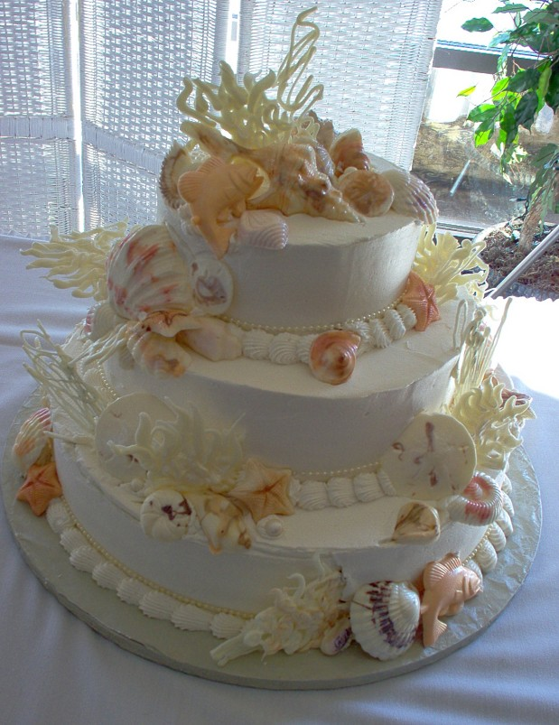 Wedding Cake Decorated With Seashells Cakes Seashell And Pearls