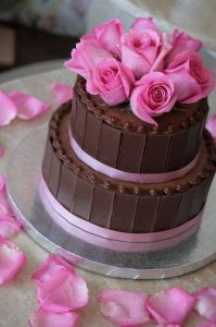 ros wedding cake