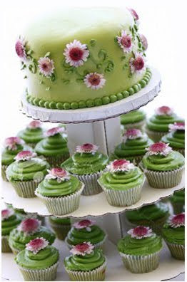 green cupcake cakes