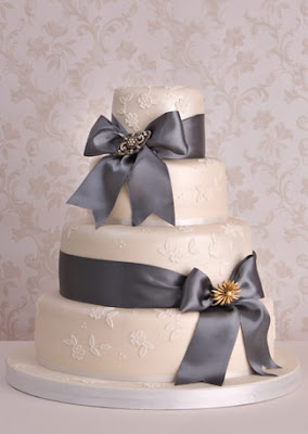 Ribbon Brooch Wedding Cakes Food And Drink