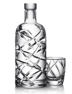 Absolut lança garrafa esculpida artesanalmente