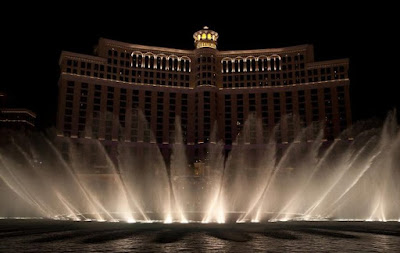 The Bellagio Casino Fountain Show Pics Video