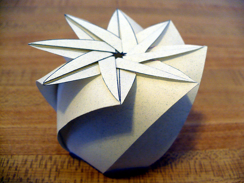 how to make origami container