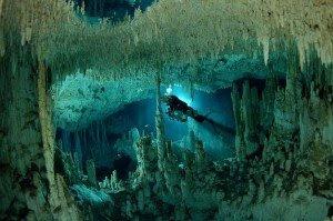 Misteri Dunia Air Bawah Tanah di Yucatan