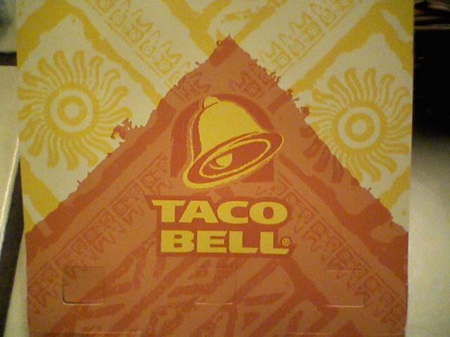 [Taco+Bell+pizza+box]