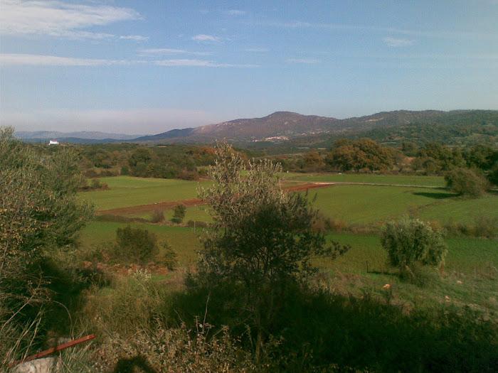 Τοπια του Ξηρομερου [ προς τη Μποστανια , το παλιο γηπεδο της ''Αστραπης '' ] Μαχαιρα Ακαρνανιας