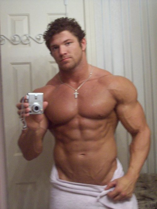 Muscle Gay Hunk 78