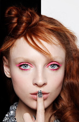 black and white manicure, nails, hot pink eyeshadow