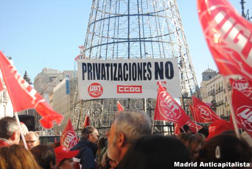 [FOTOS] Huelga y concentración de los trabajadores de las instalaciones deportivas municipales de Madrid 4
