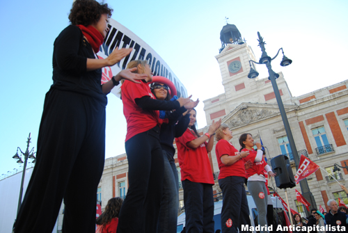 [FOTOS] Huelga y concentración de los trabajadores de las instalaciones deportivas municipales de Madrid 9