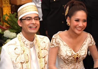 foto pernikahan bunga ashraf