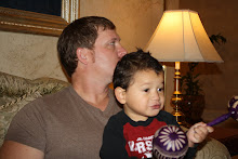 Daddy & Mateo waiting for our ride to Childrens Museum