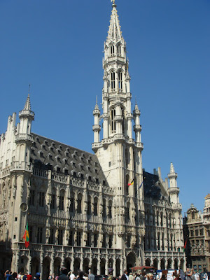 Near Grand Place Square, Brussels (Photo: Mike Keung)