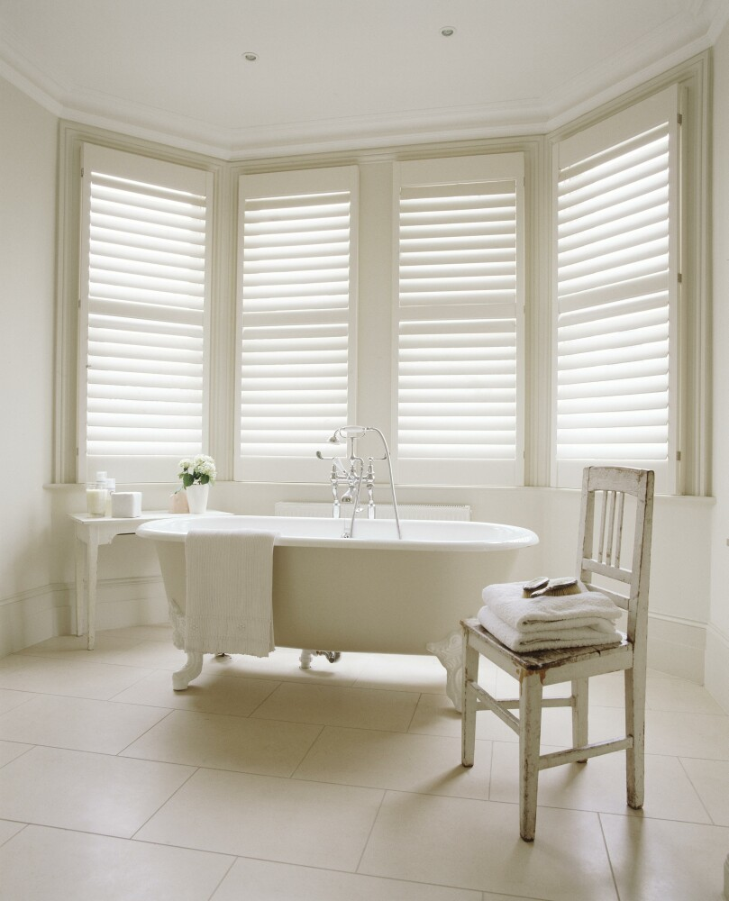Why plantation shutters look great in a bathroom - Plantation shutters for bathroom ...