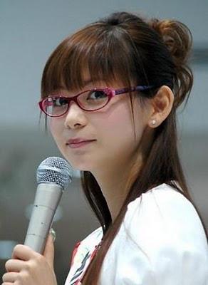 http://1.bp.blogspot.com/_hIfZla1VWGI/S2ZnXe4nA1I/AAAAAAAAJHM/iPOy6g7QK7U/s400/300px-Shoko_Nakagawa2.jpg