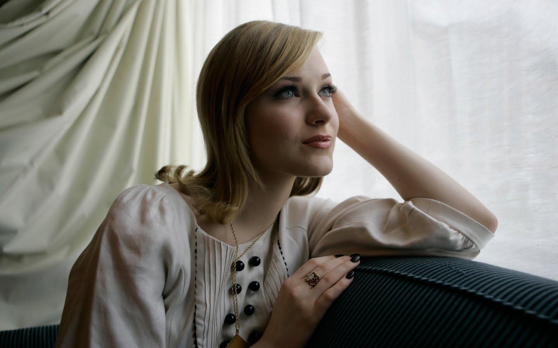 http://1.bp.blogspot.com/_hJLG8m7pqEg/S8NYCHOTR0I/AAAAAAAACoI/nGywdUT0epY/s1600/Evan+Rachel+Wood.jpg