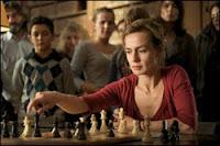 Sandrine Bonnaire et le jeu d'échecs