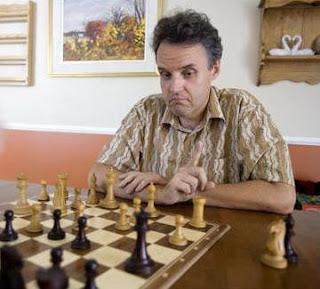 Progressez aux échecs avec Jean Hébert