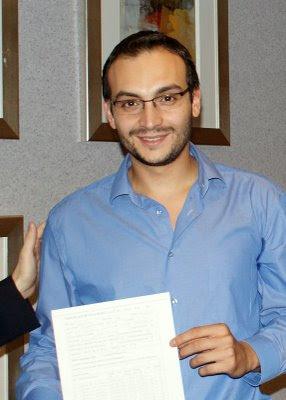 Le nouveau grand-maître international d'échecs français Thal Abergel