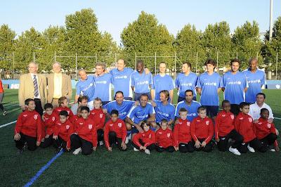 Gala de l'Unicef: Jean-Claude-Moingt, le président de la Fédération Française des échecs joue au foot