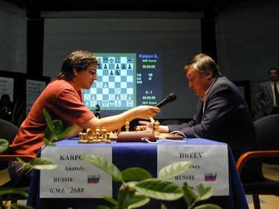 Laurent Verat et Anatoly Karpov, 12ème champion du monde d'échecs - photo FFE