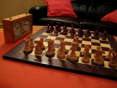 Jeu d'échecs Stallion Sheesham, plateau en Wengé et pendule Garde