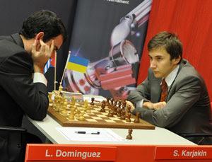 Sergei Karjakin remportant une belle victoire rnde 13 face à Leinier Dominguez et le tournoi sur le fil  © Janis Nisii