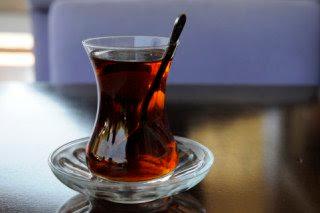Le thé est offert par Charly