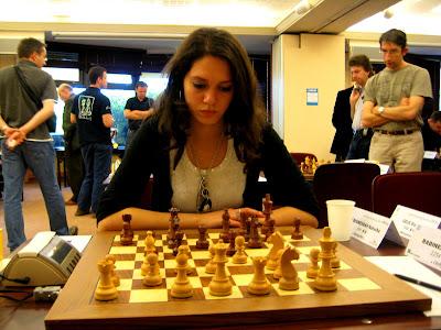 la joueuse d'échecs Natacha Benmesbah lors du dernier Top 16 © Chess & Strategy