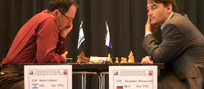 Boris Gelfand et Alexander Morozevich hier, lors de la ronde 2 © site officiel