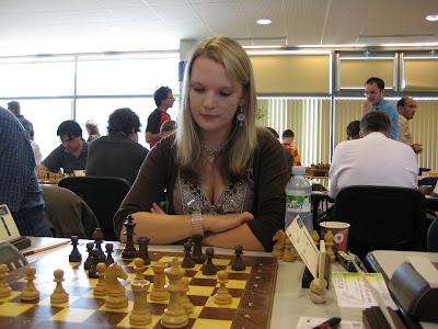 L'anglaise Sarah Hegarty dans l'Open de Dieppe © Chess & Strategy